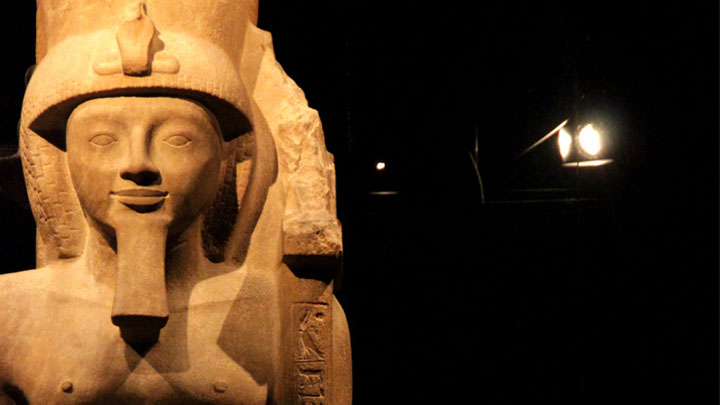 Lighting a statue at the Egyptian Museum, Italy by Philips Lighting