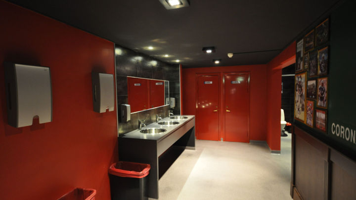 Philips lighting lit the Olearys bathroom area