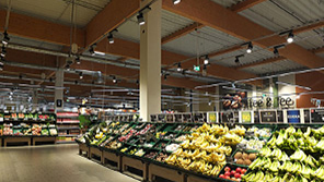 Fruits under Philips led luminaires at Edeka Burgwedel, Germany