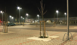 Creating a safer parking lot with Philips white light